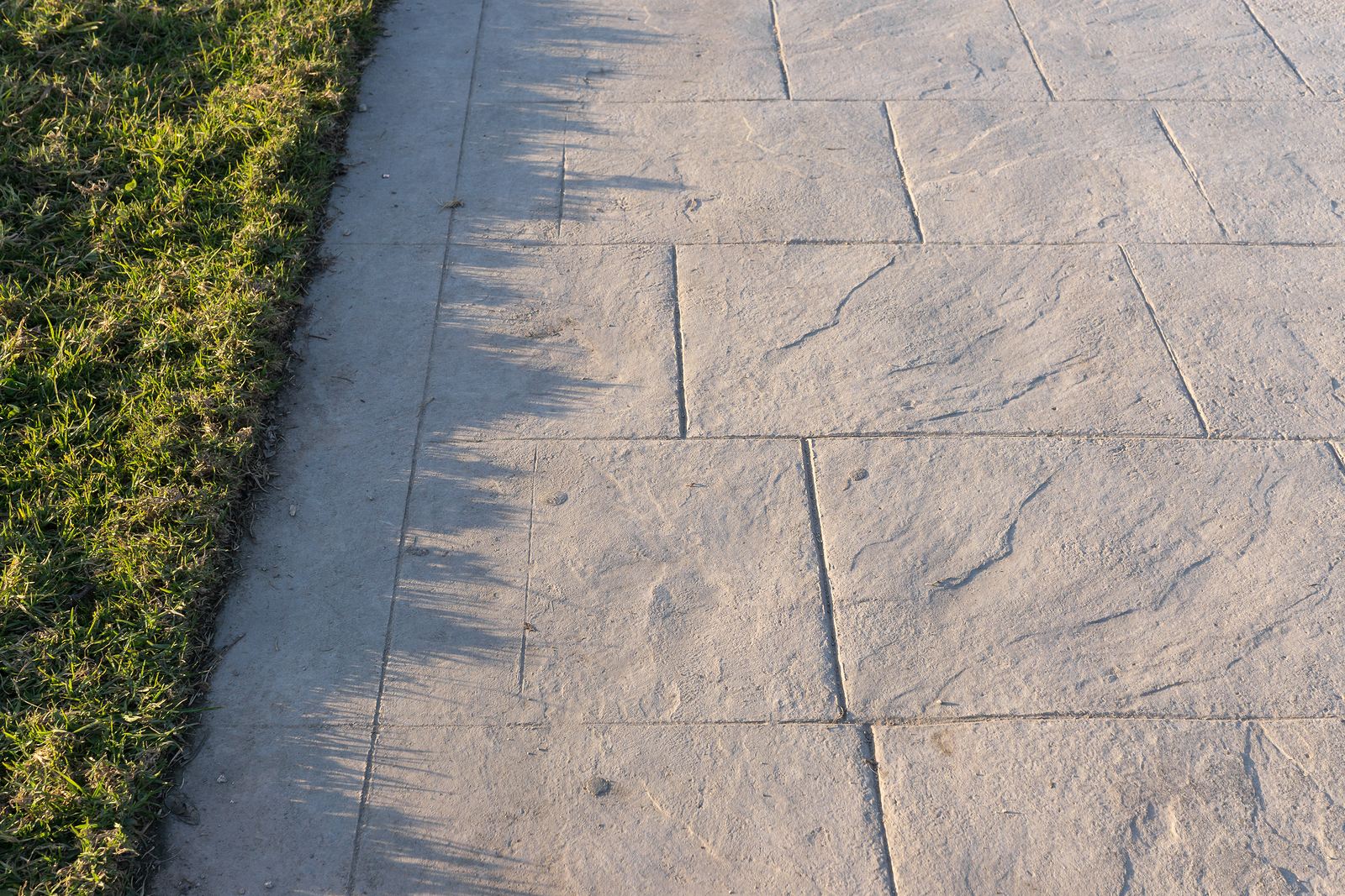 Stamped concrete pavement